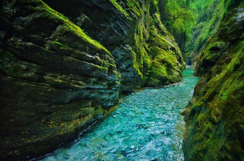 【zaker 湖北 | 晒楚天】鹤峰屏山峡谷:中国的仙本那