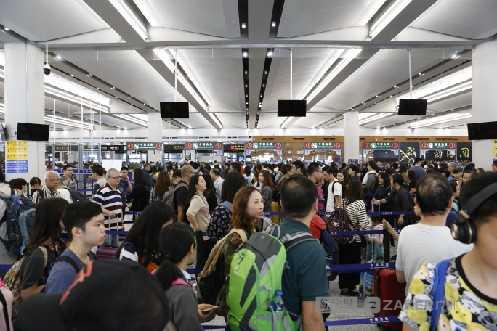 日均 4.4 万人次!港珠澳大桥边检站半年验放旅客已超 800 万人次