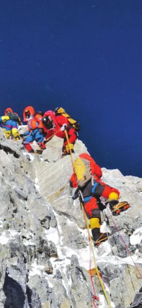 親歷者講述珠峰擁堵:看到路邊尸體,感覺在接近死亡