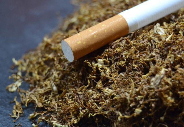 《30 年无烟日背后:烟草税利超万亿,今年 9 起电子烟宣告融资》