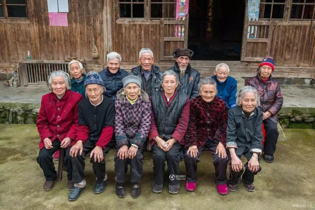 江苏对 4 千名百岁老人长寿调查:报告结果颠覆所有人三观
