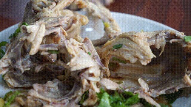 沈阳的鸡架凭啥好吃到上热搜 各种味道的鸡架