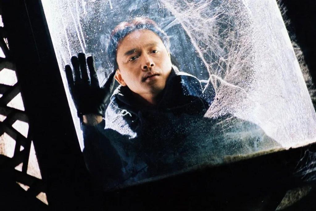 《夜半歌声》影评:中国第一部恐怖片长啥样?