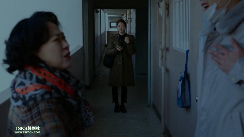 《独自生活的人们》影评:谁也逃不掉,这片藏着女性的新恐惧