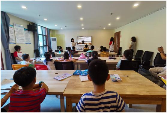 新时代文明实践:红色教育走进公益暑期课堂