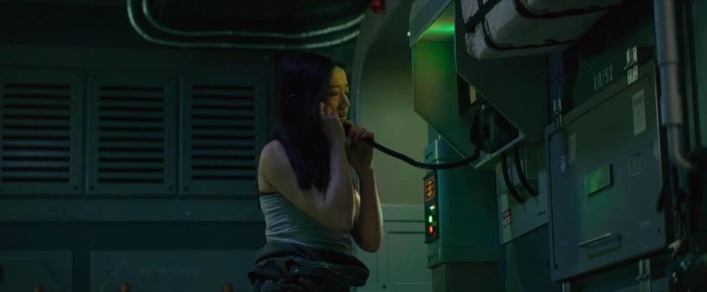 《太空群落》影评:几百万拍科幻大片,这国产片好大胆!