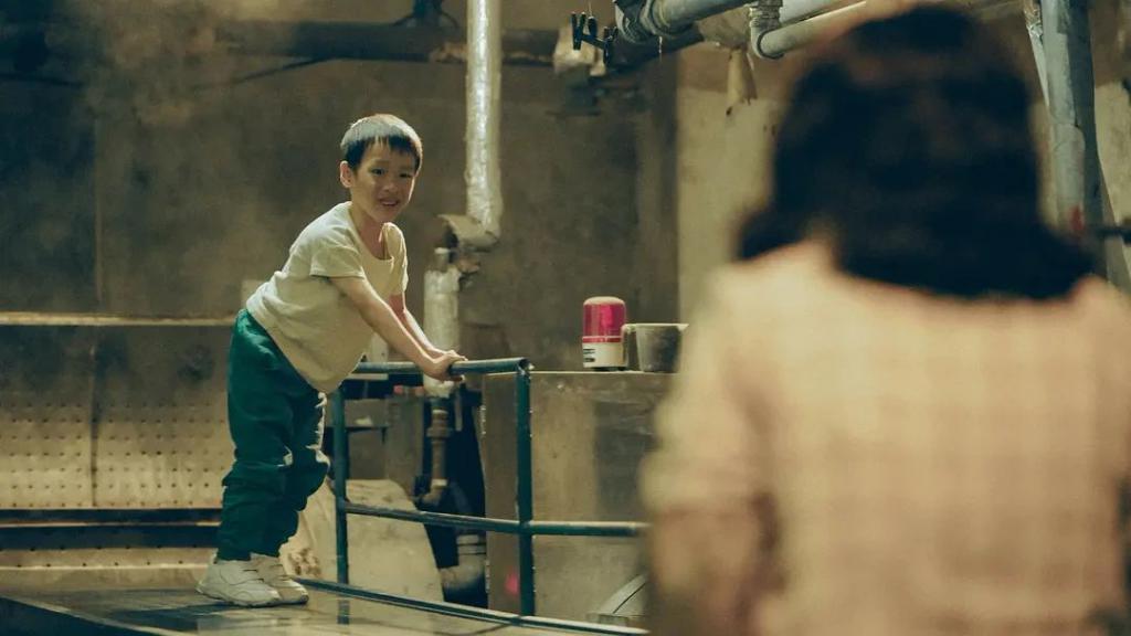《岁月神偷》影评:年度催泪弹来袭,煞神癫狂的香港电影,也能像母亲的呵抚那样温柔